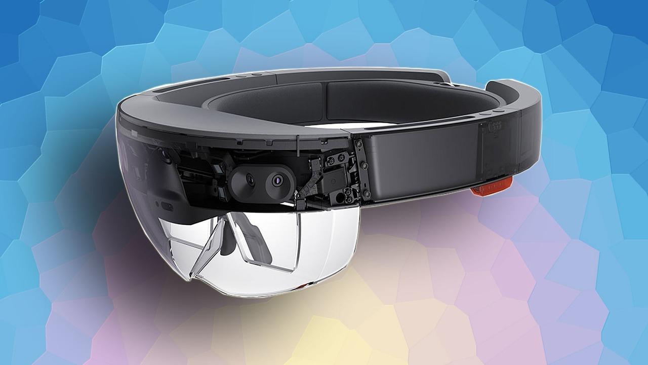【Microsoft HoloLens(ホロレンズ)】きた~!開梱!(HoloLens の写真69枚)